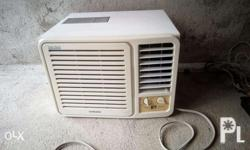 Secondhand window type aircon samsung 1hp good