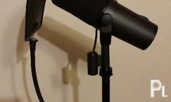 Shure sm7b 95% new Used 3 times just to record an