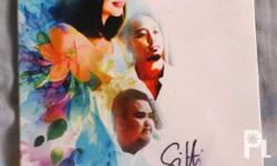 Signed Sitti Singles Allbum Played a few times Love