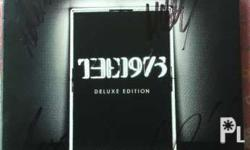 I'm selling my SIGNED The 1975 Deluxe Edition Album.