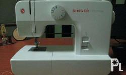 Singer Model 1408, 2 years old, was not used much -just