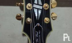 Sold out - Epiphone Les Paul (Custom Pro) with Black