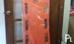 SPINE BOARD Detailed : This spine board with safe belts