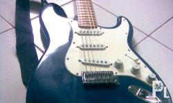 squire fender strat for 8k only negotiable
