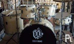 Steely Drums X-1 available colors: Black orange yellow