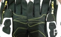 Tachi Gloves Size:Large Color;White,black, and yellow.