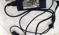 Forsale orig battery and charger for toshiba netbook