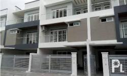 4 bedroom Townhouse for Sale in Don Antonio Dr High End