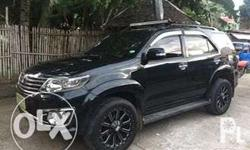 2012 model Toyota fortuner Manual trans 4x2 20' mags 4