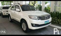 2012 Toyota Fortuner Gas A/T Full Options Headlight