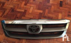 Toyota fortuner front grill No scratch No cracks Can be