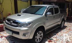 Toyota hilux 4x4 New mags and tires Fresh in and out