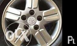Toyota Innova 2005 mag wheels. 5 holes, 114. repriced