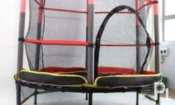 Trampoline Can Carry 150 kilos Easy to assemble Comes