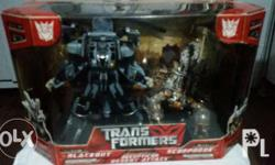Twin pack transformer toys Blackout and Scorponok From