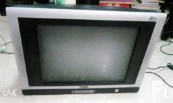 For sale Tv 21inches Syntax Flat screen slim Cable