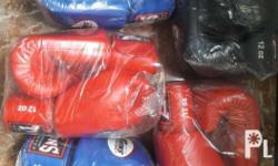 Brand New Twins Boxing Gloves Perfect for boxing or