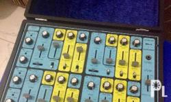 Techno drum sound Ult Sound DS-4 �Custom� - an