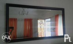 Simple but elegant wall mirror that makes your space