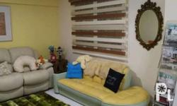 We have many design of window blinds. We also offer