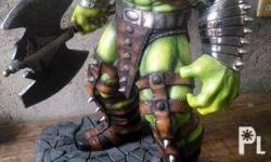 "1/4 Scale World War Hulk 27.5"" Overall Height 25"" Hulk"