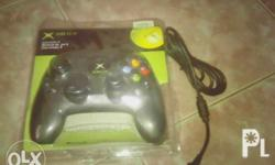 1stgen xbox controller. not for xbox 360! chat me at my