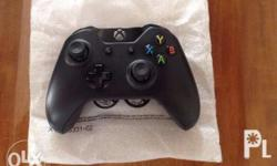 Selling brand new ( from the box ) Xbox One Black