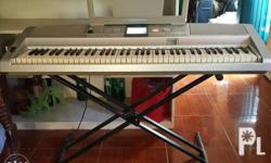 Yamaha Portable Grand DGX-305 76 KEYS all functioning