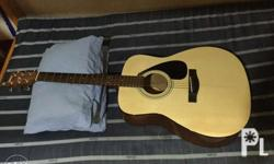 Selling my pre-loved Yamaha F310 Acoustic Guitar. This