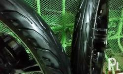 For sale Yamaha stock mags with Dunlop tires 80%thread